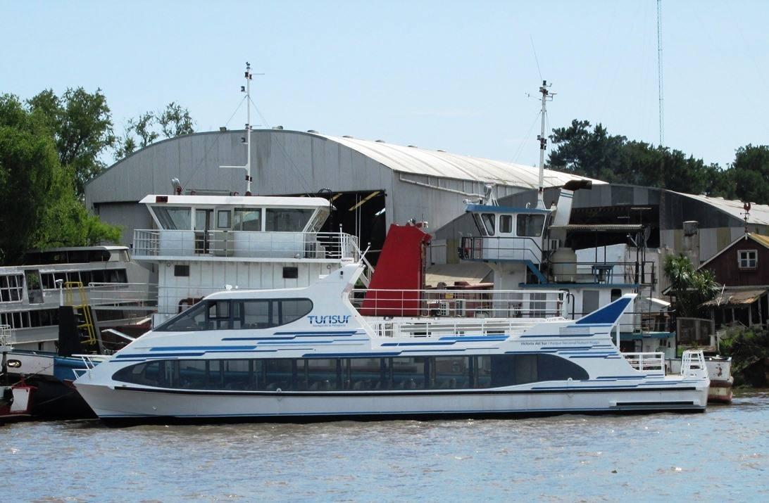 Lancha de pasajeros Turisur -Astillero Tecnao-